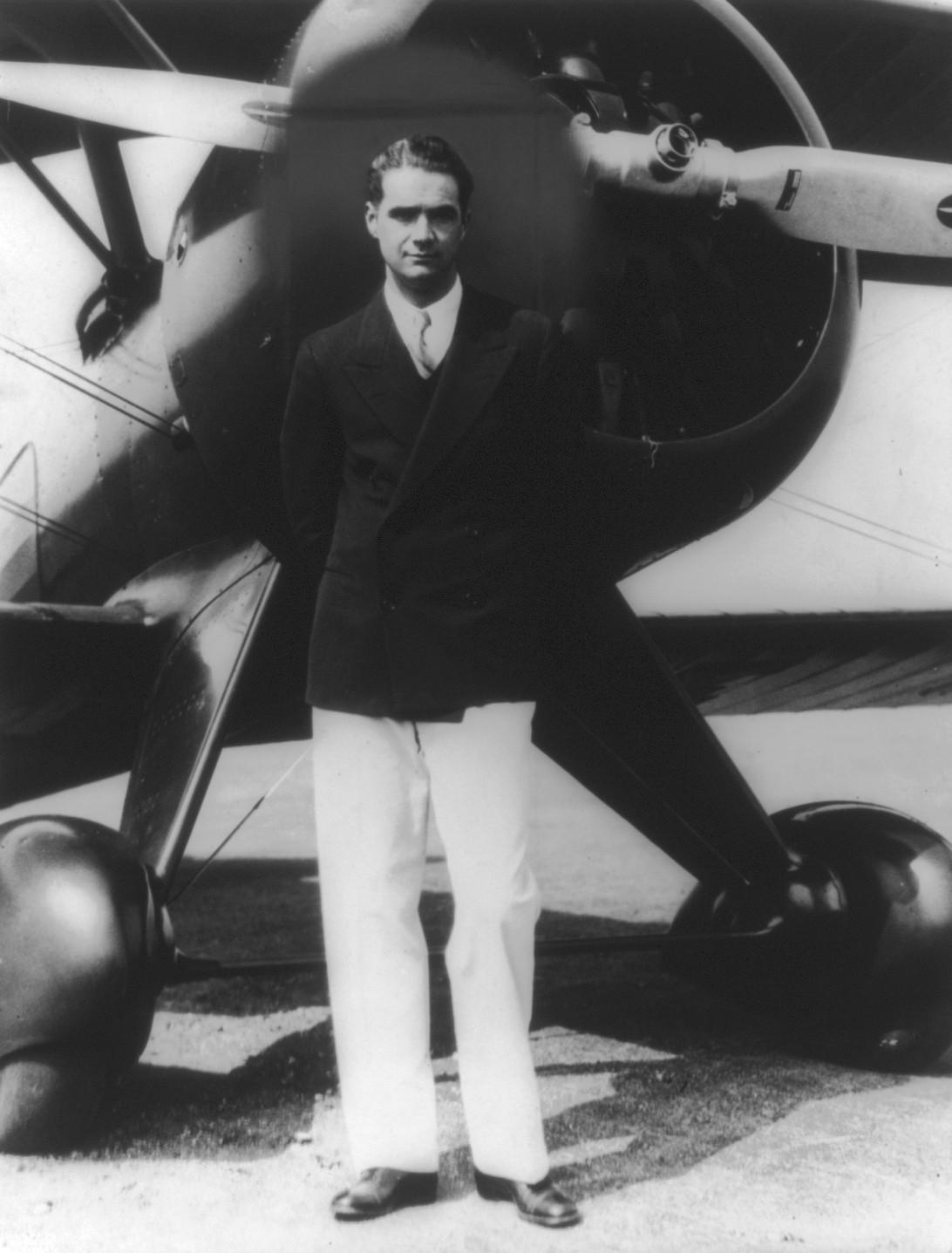 the aviator howard hughes ocd