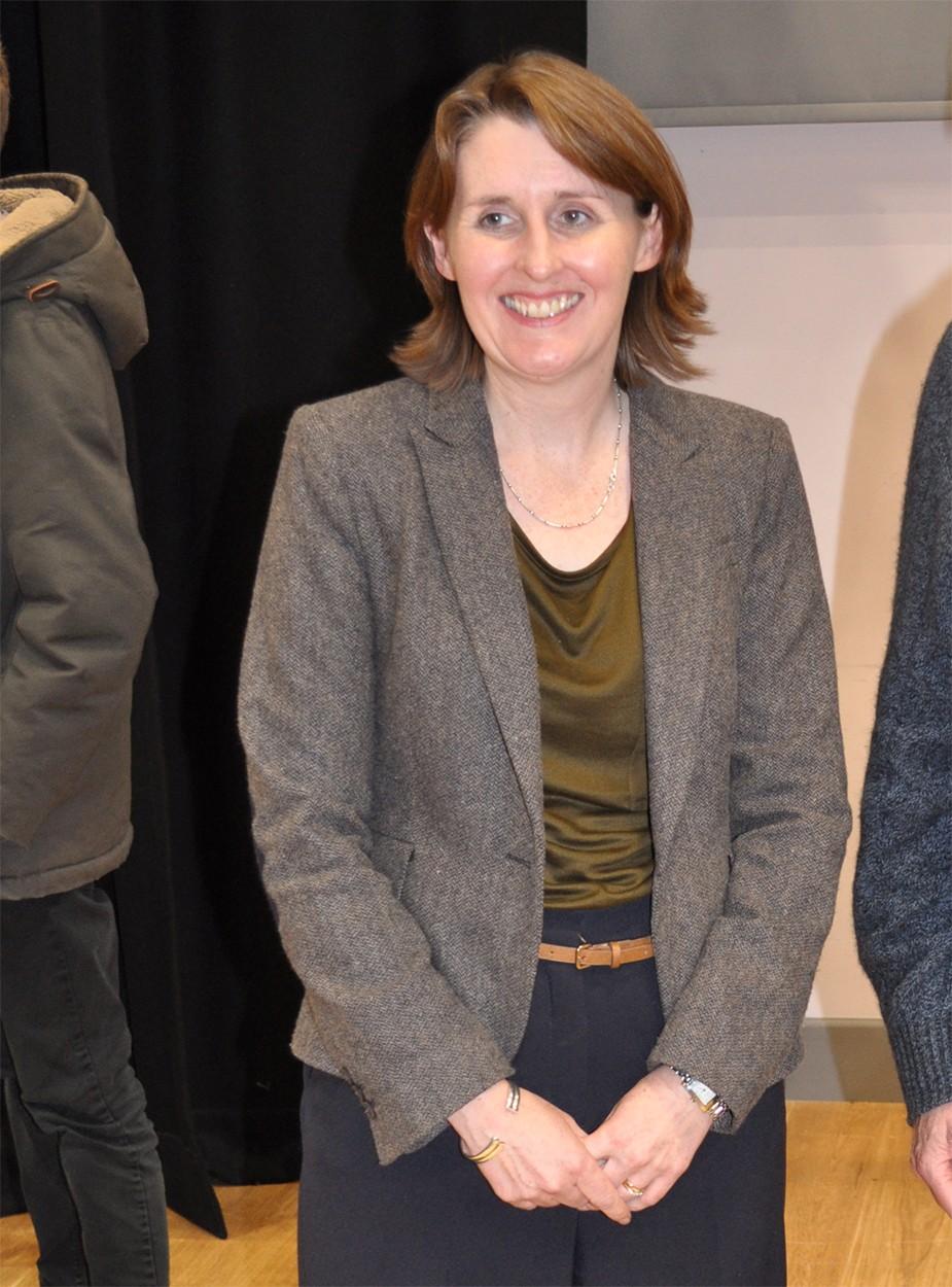 Dr Claire Lomax